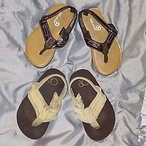 Other - Kids size M 7/8 Sandals Bundle